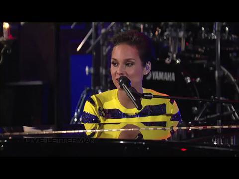アリシア・キーズ: エンパイア・ステイト・オブ・マインド(パート 2)ブロークン・ダウン (Live on Letterman)