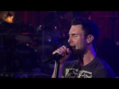 マルーン5: メイクス・ミー・ワンダー (Live on Letterman)