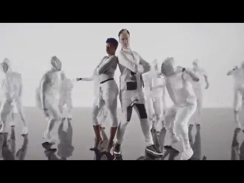 曲名 クラップ ダンス