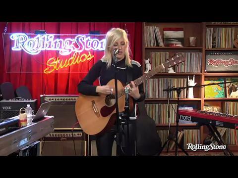 エリー・ゴールディング: ガンズ・アンド・ホーセス (Rolling Stone Live)