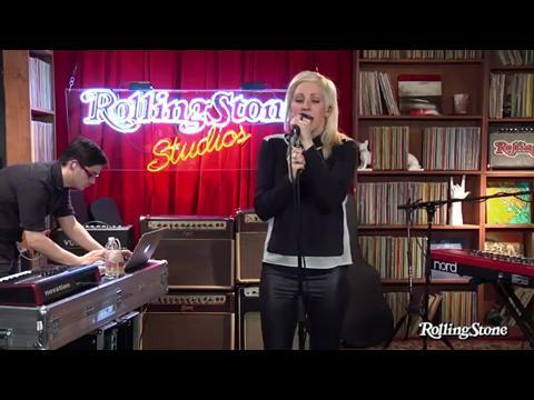 エリー・ゴールディング: ライツ (Rolling Stone Live)