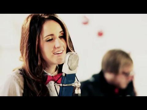ブリット・ニコル: オー・ホーリー・ナイト (Acoustic)