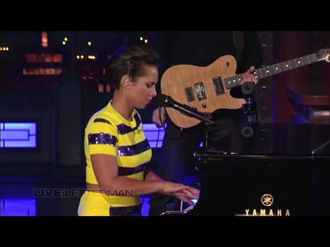 アリシア・キーズ: トライ・スリーピング・ウィズ・ア・ブロークン・ハート (Live on Letterman)