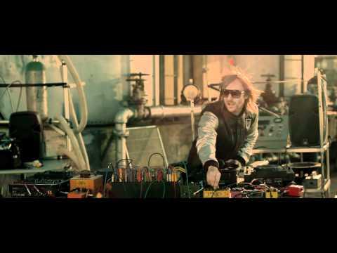 デヴィッド・ゲッタ: ホエア・ゼム・ガールズ・アット feat. フロー・ライダー&ニッキー・ミナージュ
