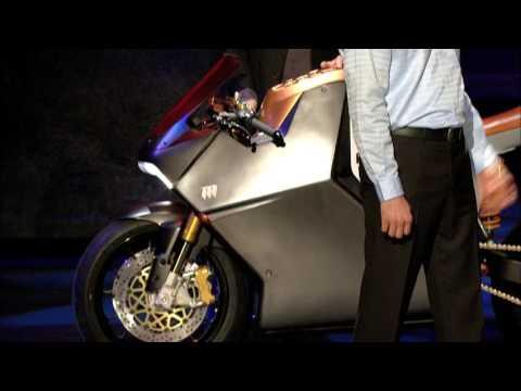 イヴ・べアール: スーパー電気バイクのデザイン