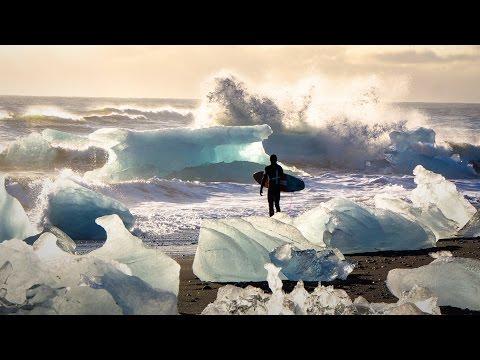 クリス・バーカード: 凍て付く海でサーフィンをする喜び