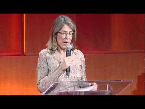 エリザベス・レッサー: 他者への昼食の誘い