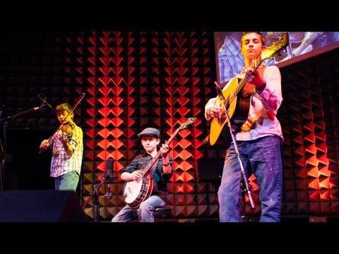 スリーピーマン・バンジョー・ボーイズ: 3兄弟による奇跡の演奏
