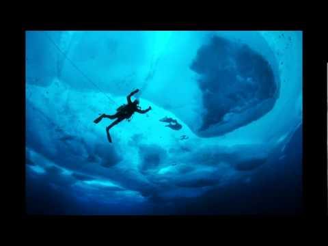 ポール・ニックレン: 氷に閉ざされた不思議の国の話