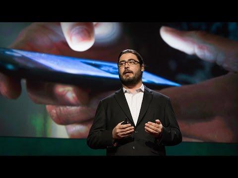 クリストファー・ソゴイアン: あなたが使うスマートフォンは人権問題である
