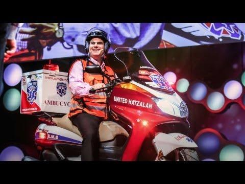 エリ・ビア: 最速の救急車はバイク型