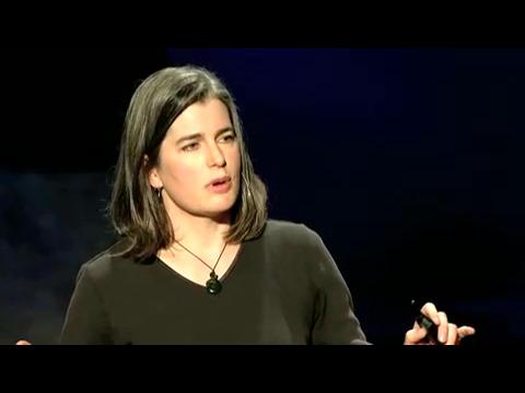キャサリン・モーア: 外科の過去、現在とロボットのある未来