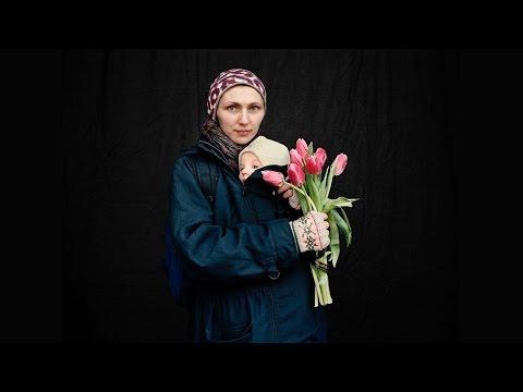 アナスタシア・テイラー=リンド: 闘う男たちと悲しむ女たち ― ウクライナ革命にて