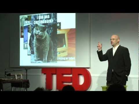 クレイ・シャーキー: 思考の余剰が世界を変える