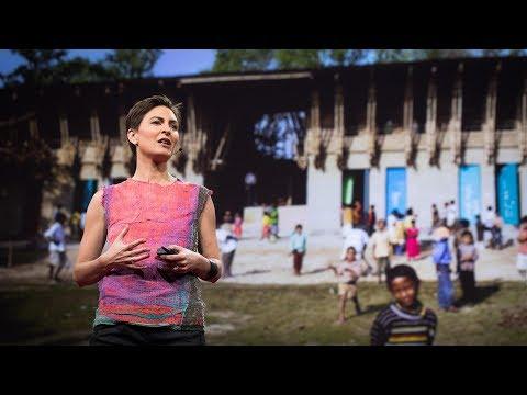 アナ・ヘリンガー: 泥壁の建物の温もりと知恵