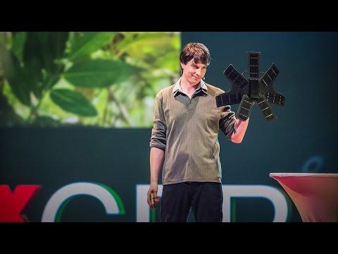 トーファー・ホワイト: リサイクル携帯電話が熱帯雨林を救う