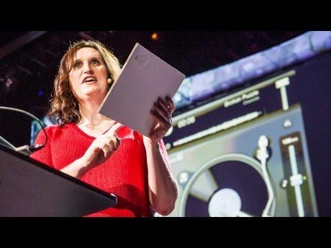 ケイト・ストーン: 紙で作った...DJデッキ