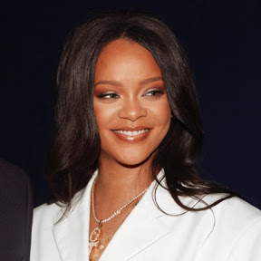Rihanna(リアーナ)